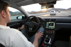 edmunds_rides_self_driving_car_cockpit_view-100049055-orig